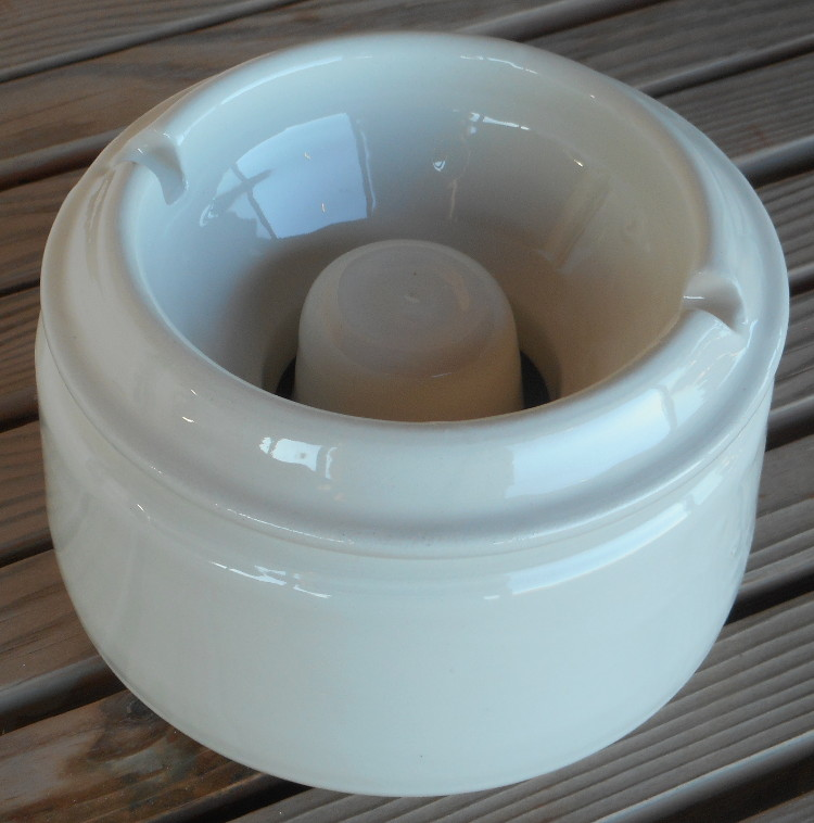 handmade ashtray for windy places Tinos Ceramics by Atelier Aicher